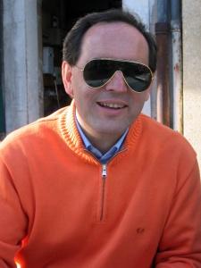 الكفيف ماركو  Mirco Mencacci